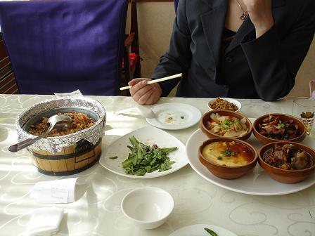 Kryddstark mat från Wuhan på Wuhan Hotel