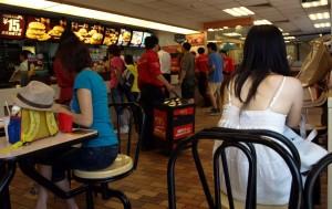 McDonalds vid Panjiayuan Bridge i Beijing