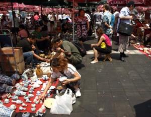 Panjiayuan Flea Market in Beijing