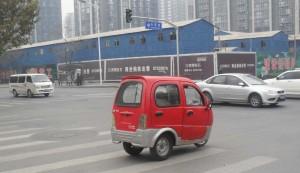 Trehjulig mopedbil